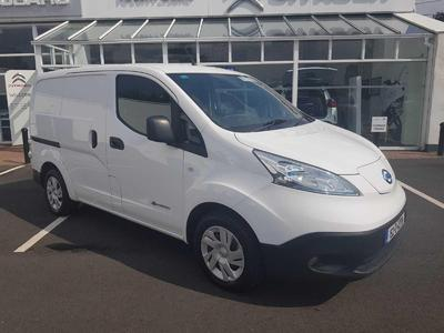 Photo of used car Nissan eNV200