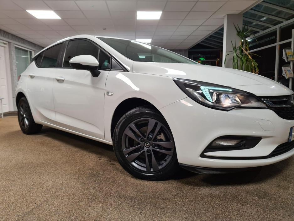 Used Opel Astra 2019 in Tipperary
